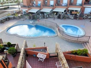 Townhouse 355000 Euros 2 Bedrooms 2 Bathrooms Reference 200-518 Build: 140 m2