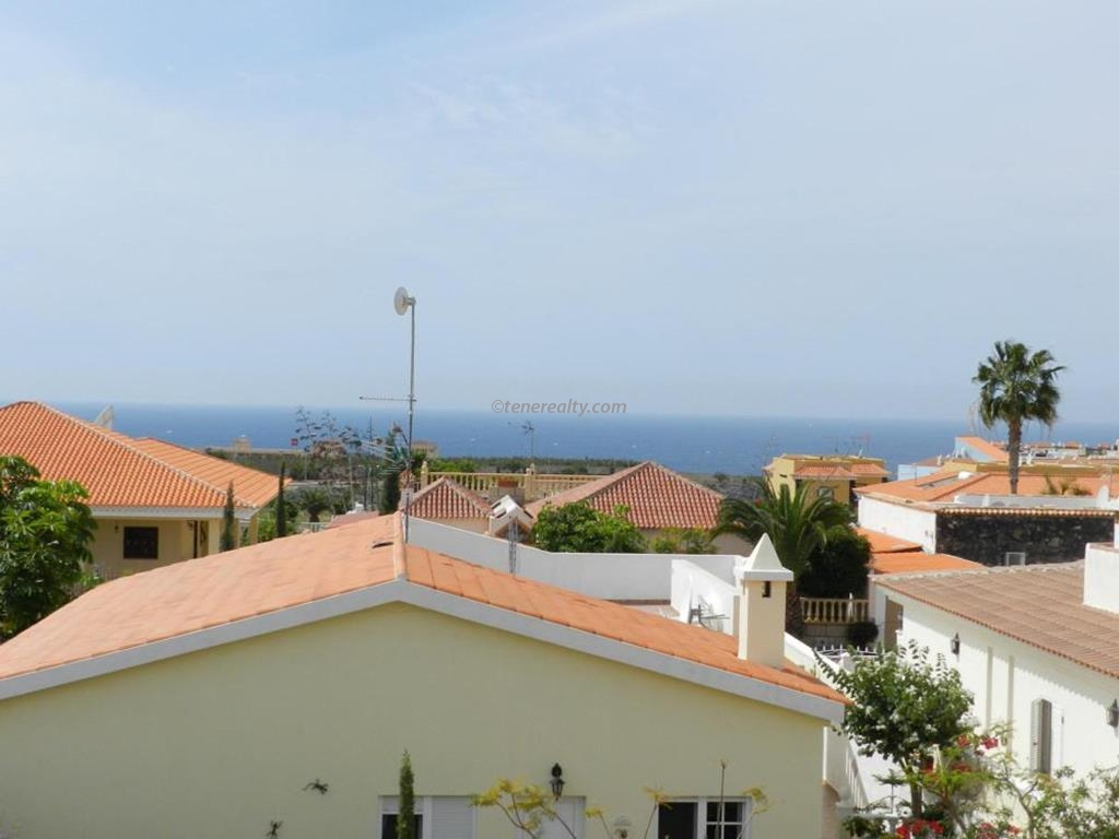 Townhouse 189000 Euros 2 Bedrooms 2 Bathrooms Reference 200-522 Build: 75 m2