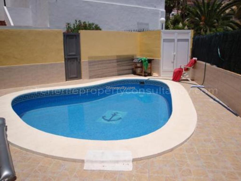 Apartment 235000 Euros 2 Bedrooms 2 Bathrooms Reference 200-533 Build: 0 m2