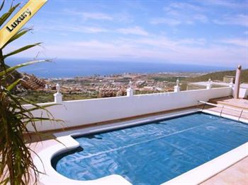 Villa 945000 Euros 3 Bedrooms 3 Bathrooms Reference 300-278 Build: 260 m2