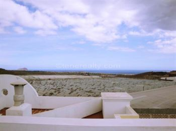 Apartment 185000 Euros 3 Bedrooms 2 Bathrooms Reference 300-288 Build: 90 m2