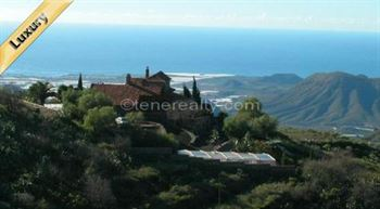 Villa 2655250 Euros 3 Bedrooms 3 Bathrooms Reference 300-354 Build: 300 m2