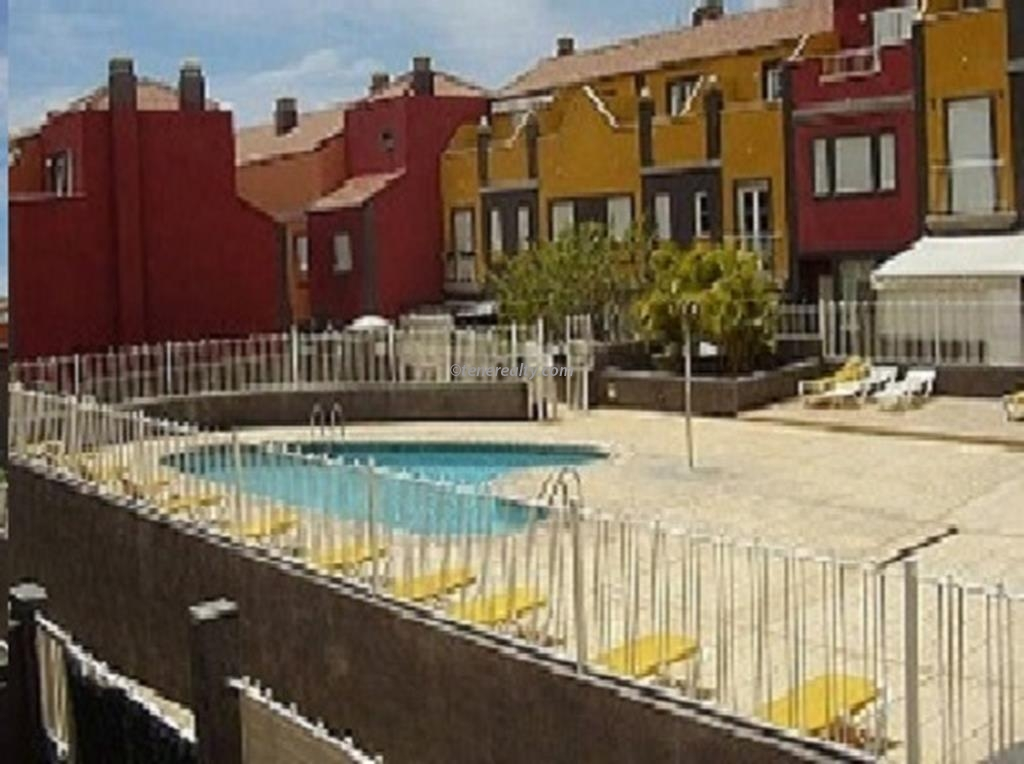 Townhouse 206000 Euros 3 Bedrooms 3 Bathrooms Reference 300-425 Build: 156 m2