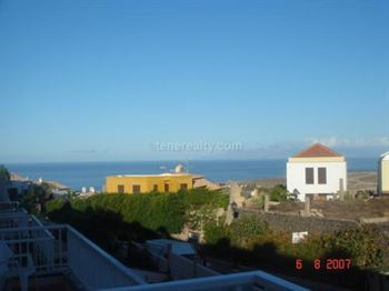 Townhouse 221000 Euros 3 Bedrooms 2 Bathrooms Reference 300-454 Build: 95 m2