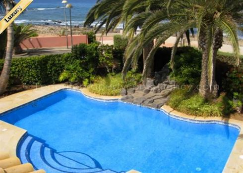 Villa 0 Euros 3 Bedrooms 3 Bathrooms Reference 300-462 Build: 753 m2