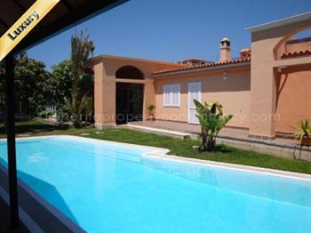 Villa 875000 Euros 4 Bedrooms 4 Bathrooms Reference 400-467 Build: 500 m2