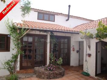 Villa 210000 Euros 4 Bedrooms 2 Bathrooms Reference 400-472 Build: 430 m2
