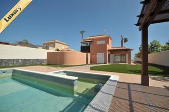 Villa 850000 Euros 4 Bedrooms 4 Bathrooms Reference 400-486 Build: 300 m2