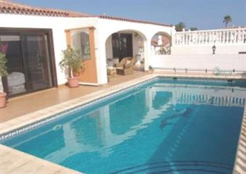Villa 630000 Euros 4 Bedrooms 3 Bathrooms Reference 400-514 Build: 160 m2