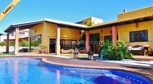 Villa 2300000 Euros 4 Bedrooms 5 Bathrooms Reference 400-568 Build: 375 m2