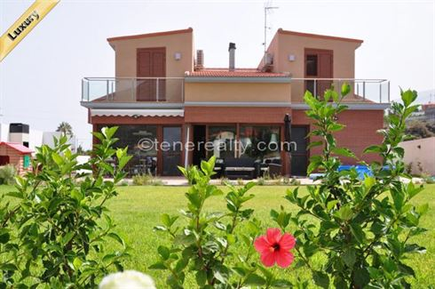 Villa 800000 Euros 4 Bedrooms 3 Bathrooms Reference 400-573 Build: 400 m2