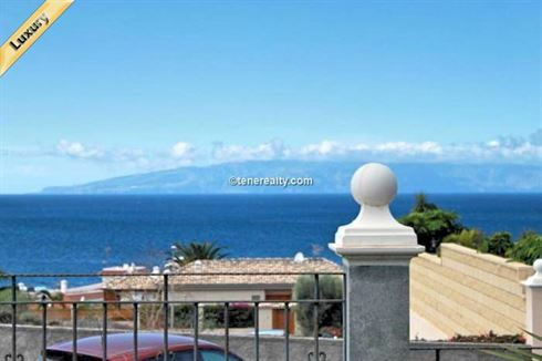 Villa 1000000 Euros 4 Bedrooms 4 Bathrooms Reference 400-579 Build: 332 m2