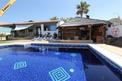 Villa 1370000 Euros 4 Bedrooms 4 Bathrooms Reference 400-582 Build: 623 m2