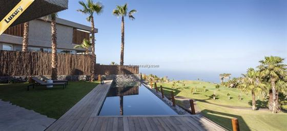 Villa 0 Euros 4 Bedrooms 4 Bathrooms Reference 400-586 Build: 260 m2