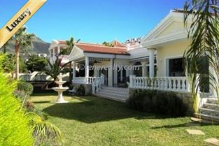 Villa 1800000 Euros 4 Bedrooms 3 Bathrooms Reference 400-604 Build: 260 m2