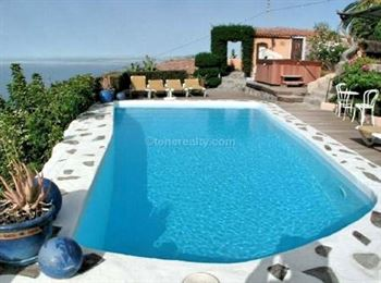 Villa 1350000 Euros 9 Bedrooms 6 Bathrooms Reference 500-079 Build: 0 m2