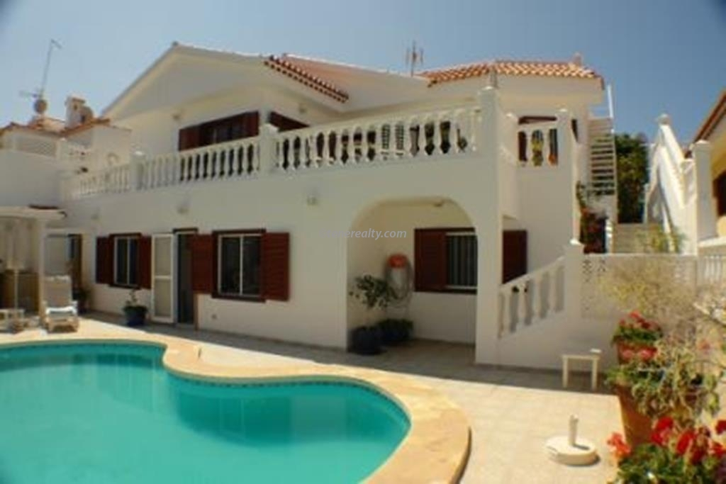 Villa 525000 Euros 5 Bedrooms 5 Bathrooms Reference 500-086 Build: 209 m2