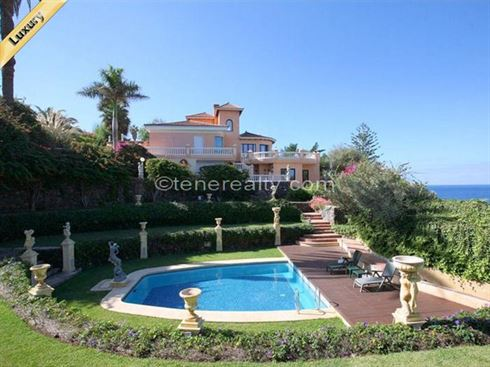 Villa 3780000 Euros 5 Bedrooms 5 Bathrooms Reference 500-112 Build: 450 m2