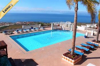 Villa 2595000 Euros 10 Bedrooms 9 Bathrooms Reference 600-080 Build: 380 m2