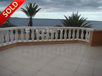 Apartment 380000 Euros 2 Bedrooms 2 Bathrooms Reference 200-455 Build: 69 m2